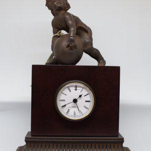 Reloj con ángel alabastro Art Deco